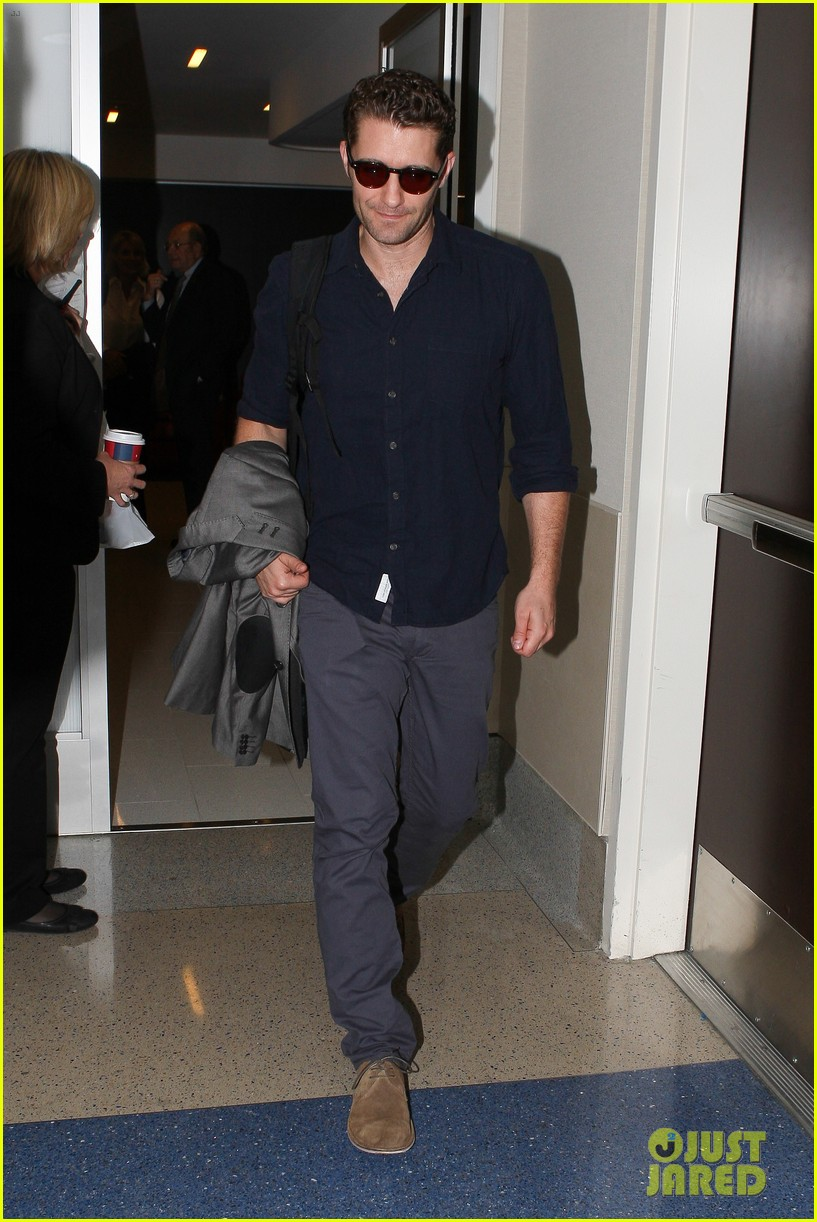 chace crawford matthew morrison hm store opening 24