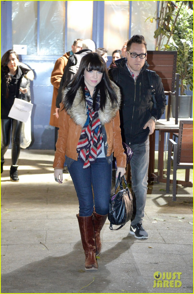 carly rae jepsen pretty in paris 25
