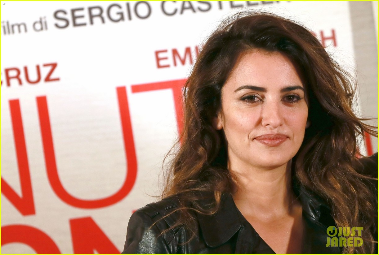 penelope cruz twice born rome photo call 09