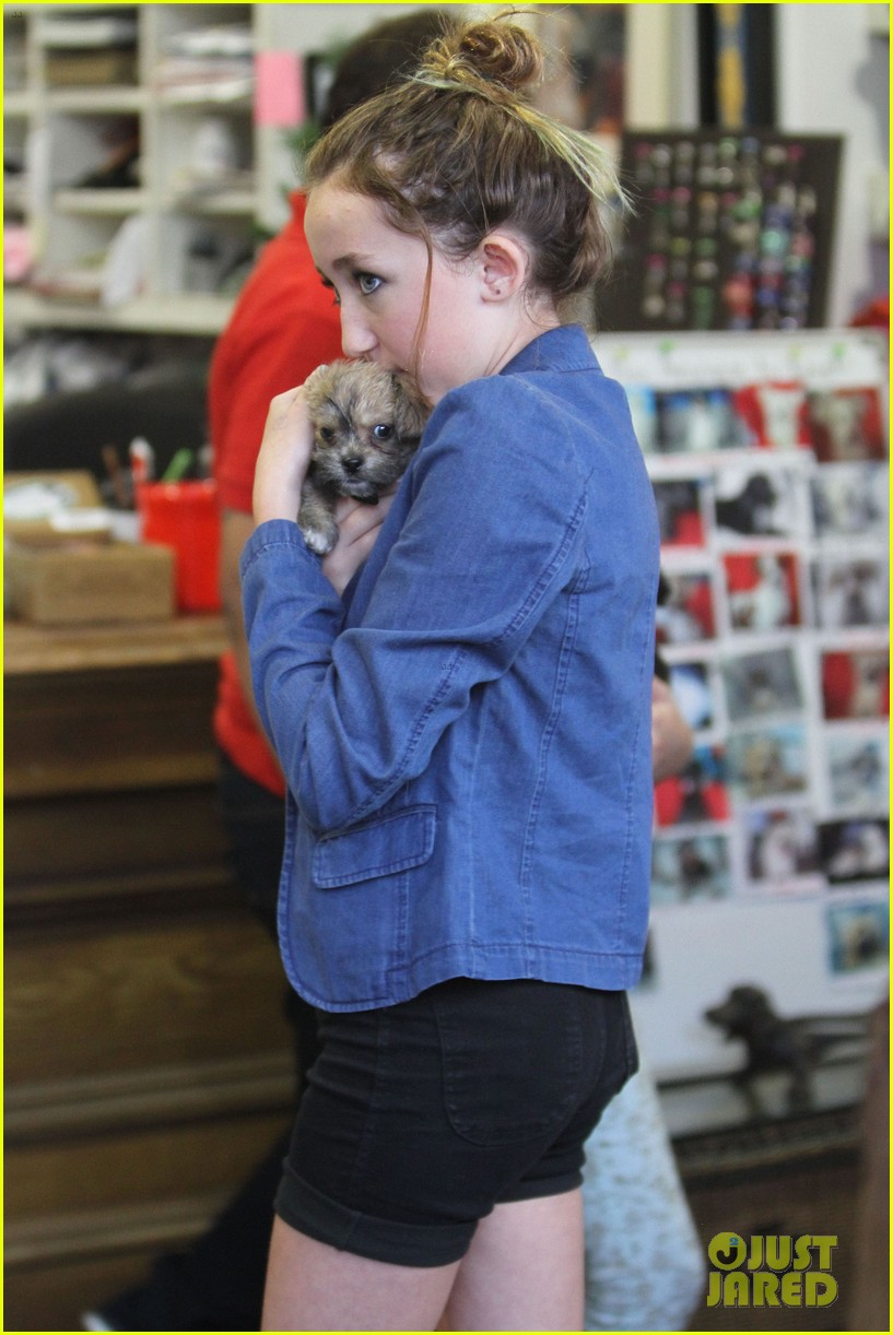 miley cyrus introduces new pup penny lane 22
