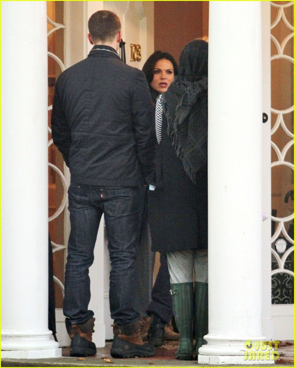 josh dallas protects ginnifer goodwin on once upon a time set 11