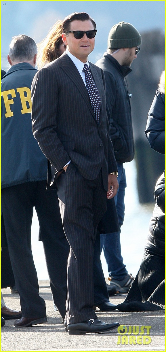 leonardo dicaprio arrested on wolf of wall street set 07
