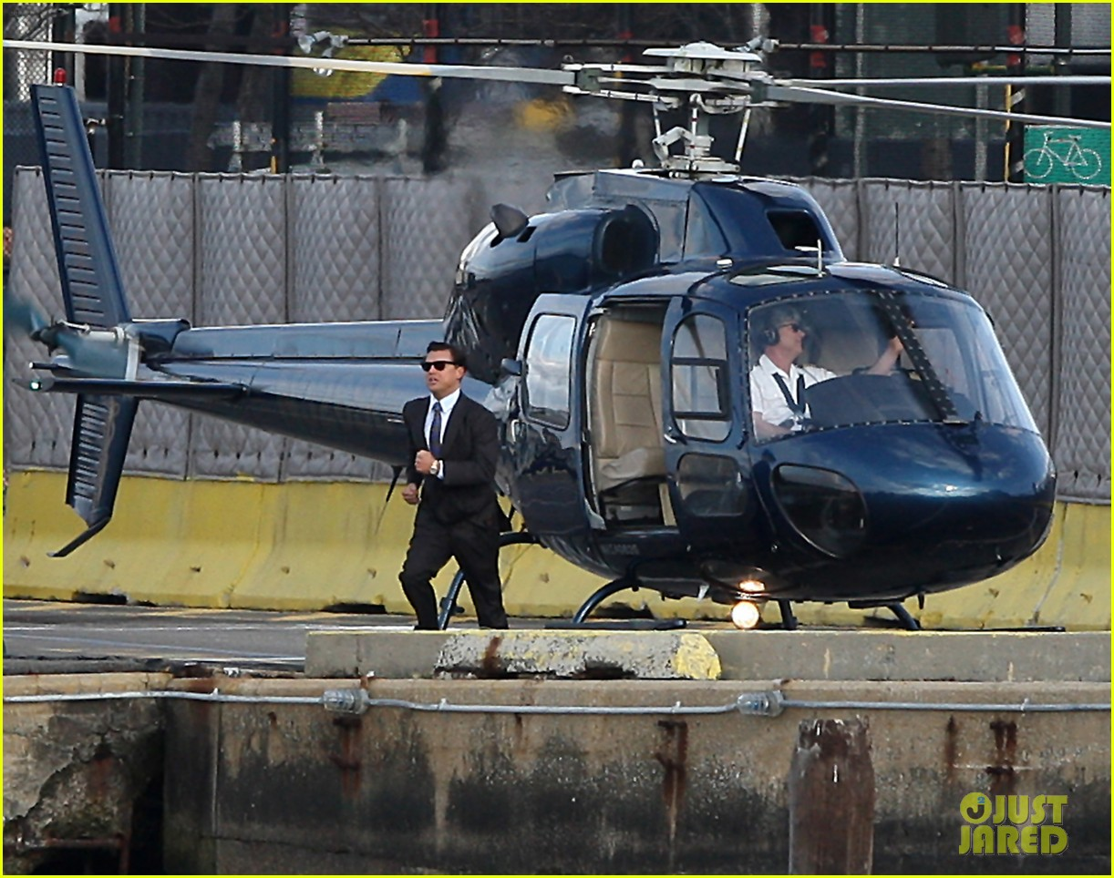 leonardo dicaprio arrested on wolf of wall street set 12