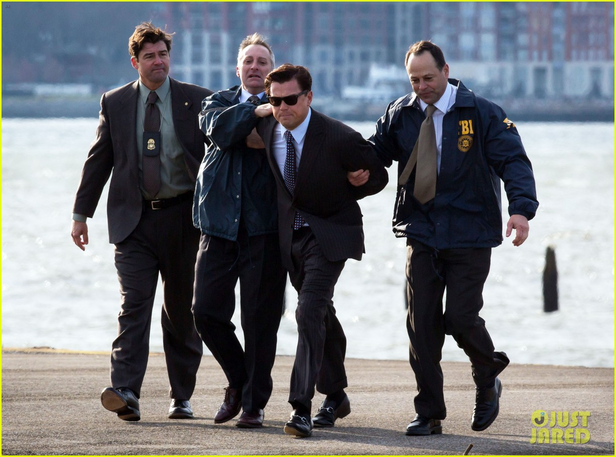 leonardo dicaprio arrested on wolf of wall street set 22