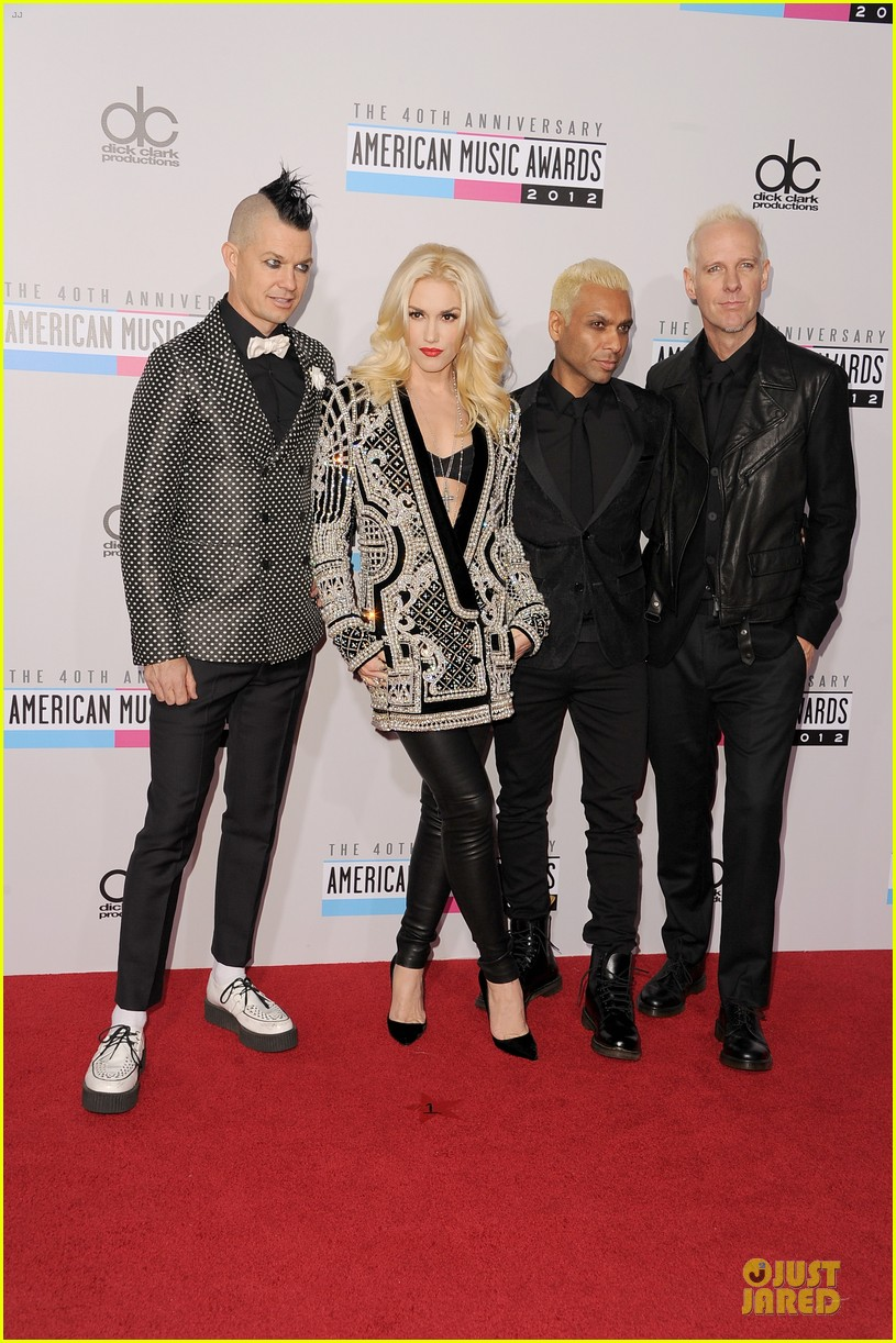 no doubt looking hot amas performance 01