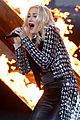 no doubt looking hot amas performance 03