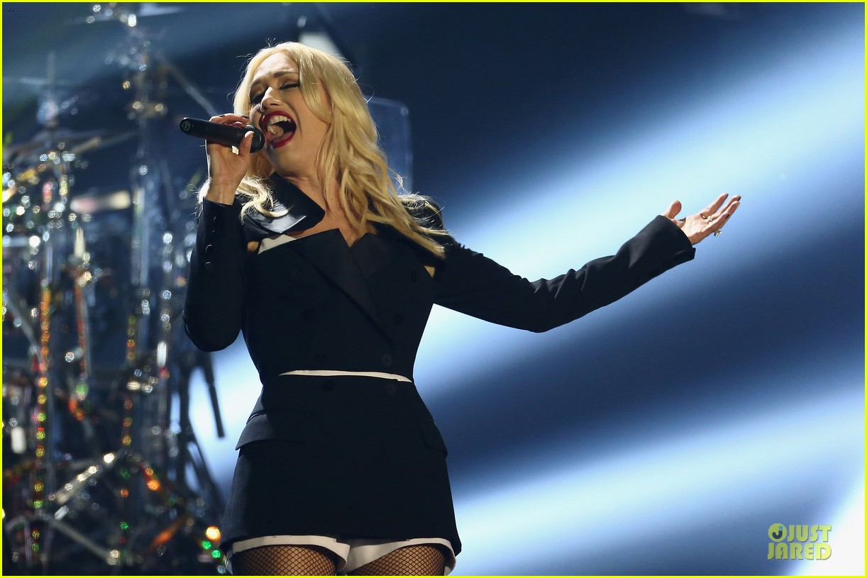 no doubt mtv emas performance watch now 022755478