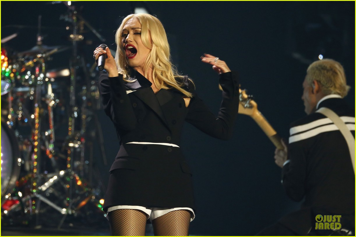 no doubt mtv emas performance watch now 082755484