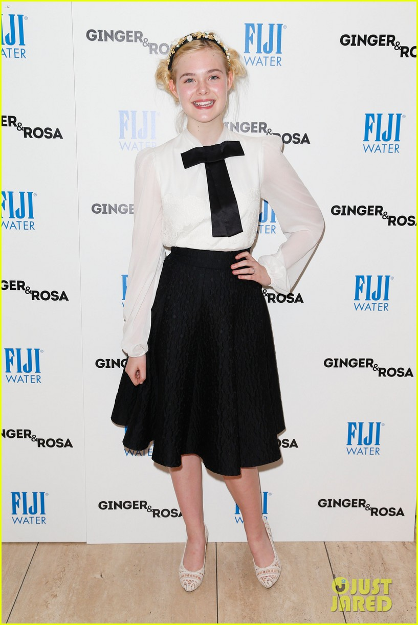 elle fanning ginger rosa screening with christina hendricks 10