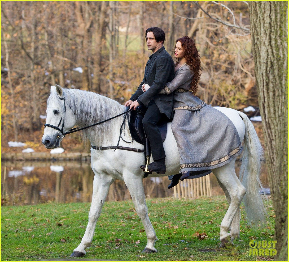 colin farrell horseback riding winters tale 022766418
