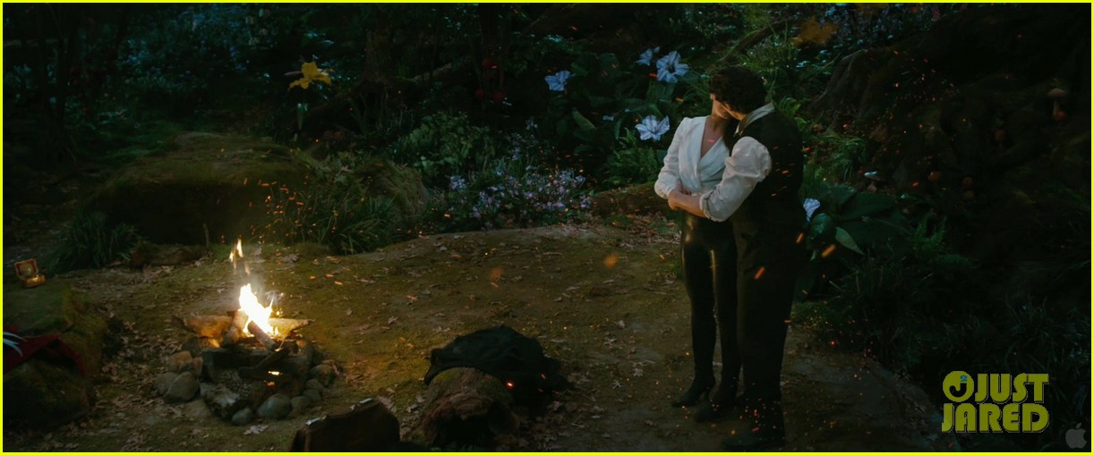 james franco mila kunis oz the great and powerful trailer 052757534