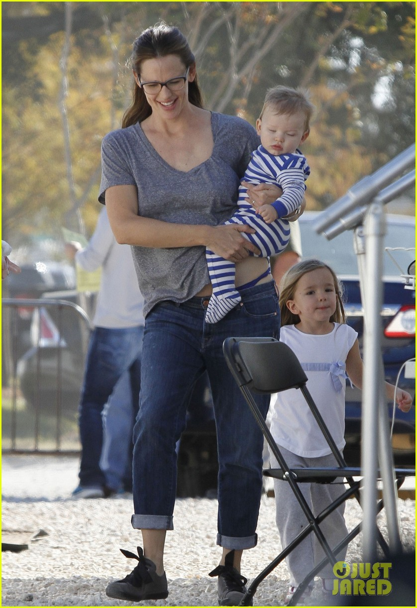 jennifer garner dallas buyers club break with seraphina samuel 11