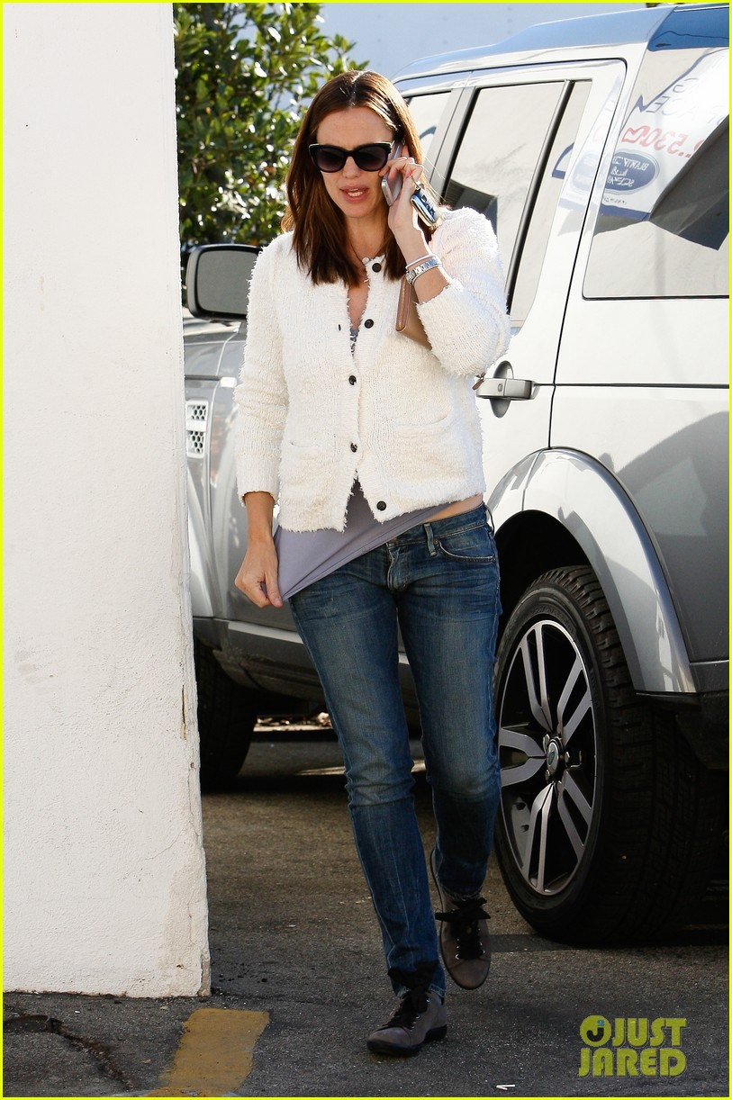 jennifer garner ice cream treat with violet seraphina 16