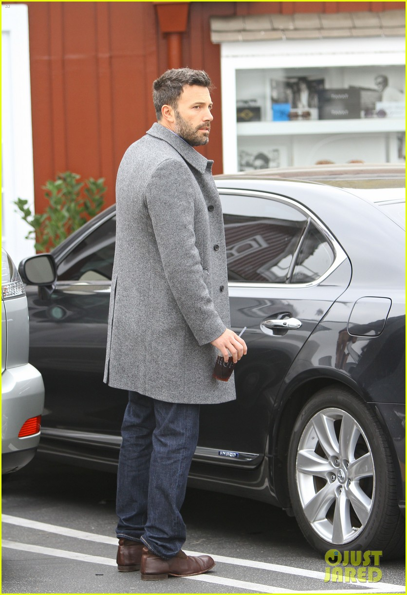 jennifer garner ben affleck separate coffee outings 112752898