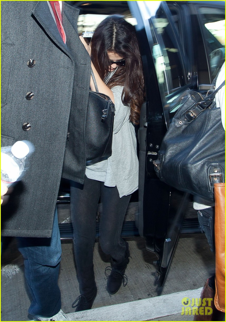 selena gomez flight post justin bieber split 082754926