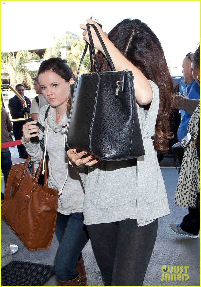 selena gomez flight post justin bieber split 11