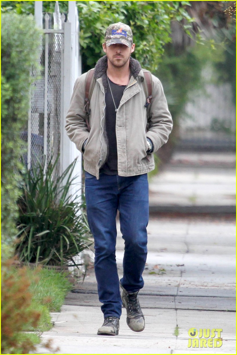 ryan gosling eva mendes visit friends separately 062766393
