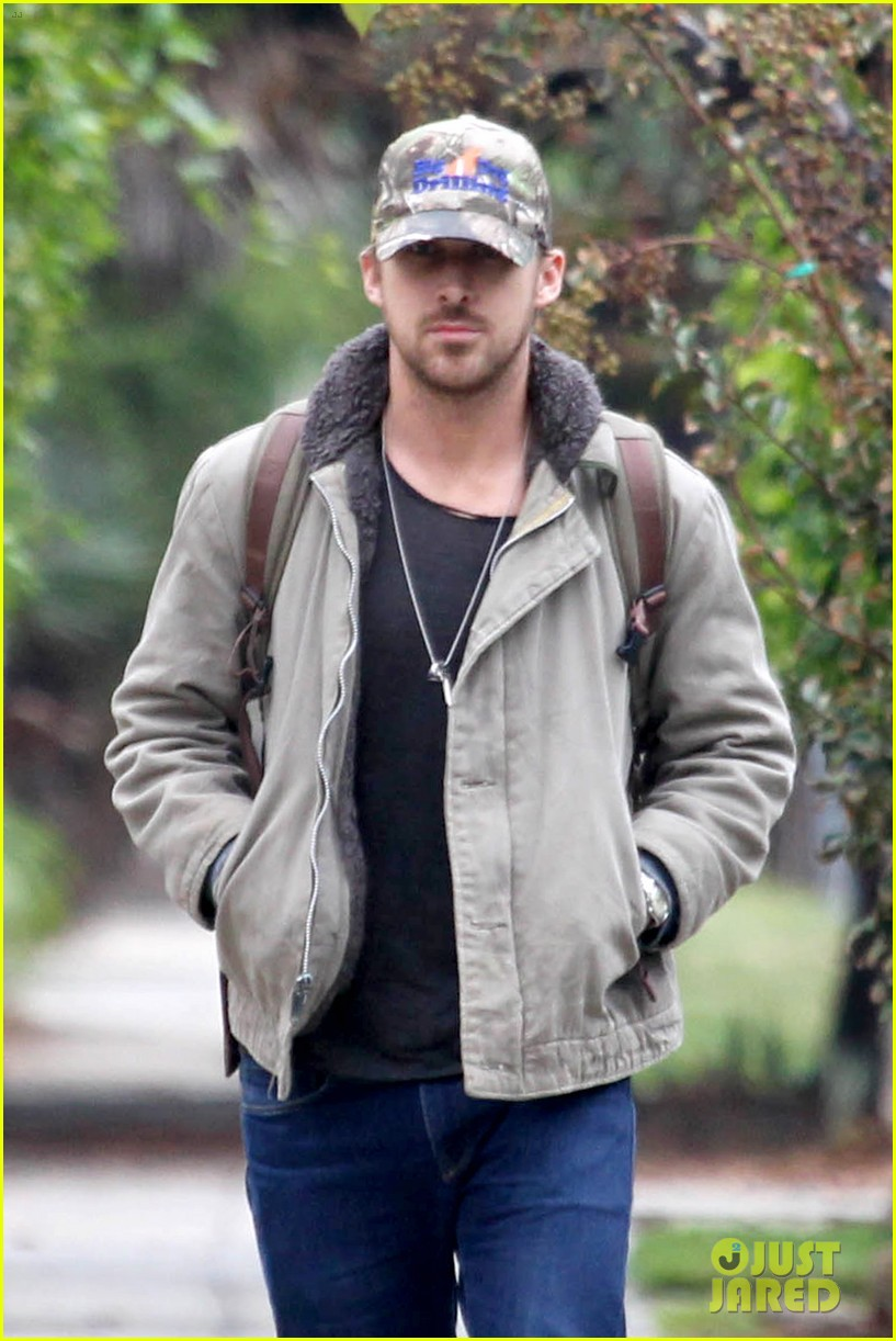 ryan gosling eva mendes visit friends separately 142766401