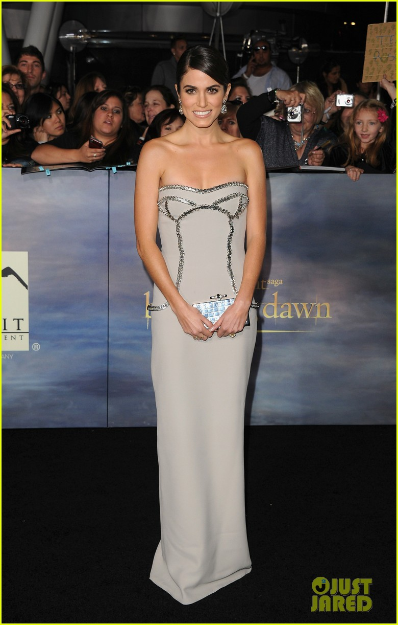 ashley greene twilight breaking dawn part 2 premiere 20