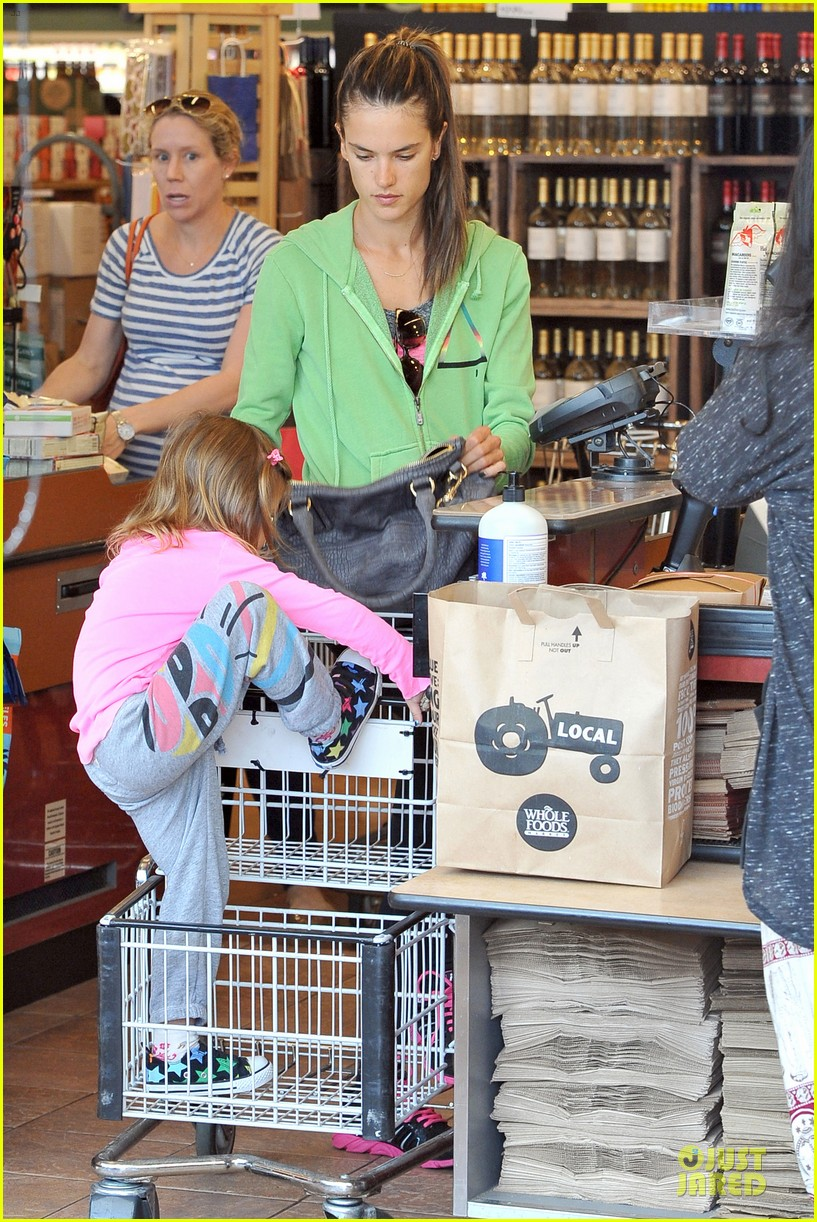 alessandra ambrosio grocery shopping with anja 132750476