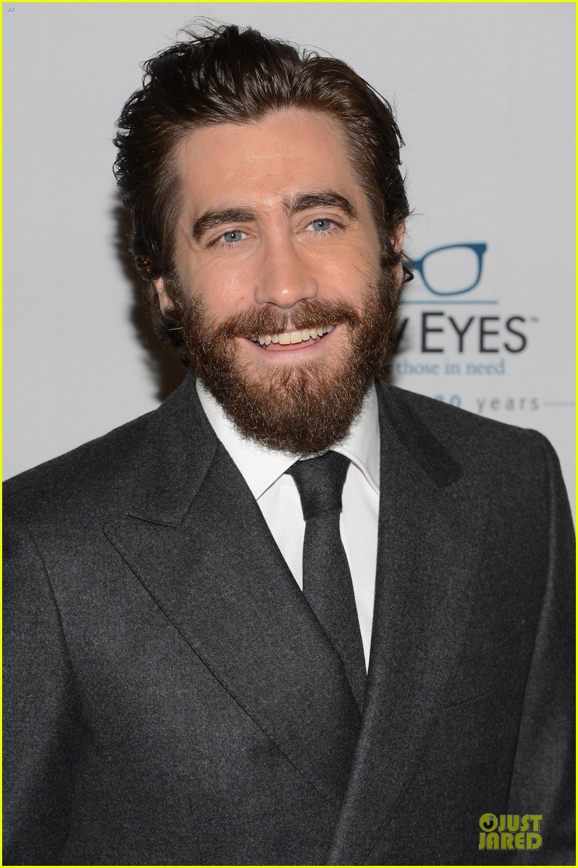 jake gyllenhaal new eyes for the needy gala honoree 022761167
