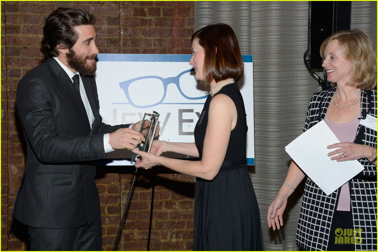 jake gyllenhaal new eyes for the needy gala honoree 142761179