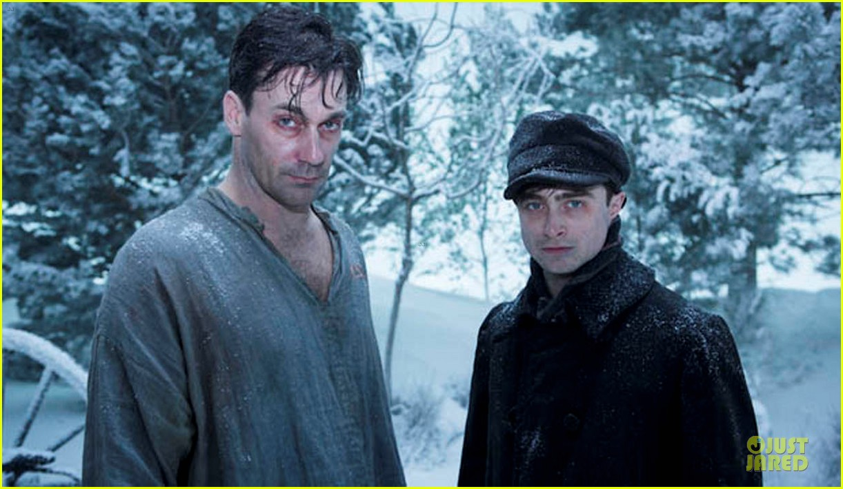 jon hamm shares bathtub with daniel radcliffe 23