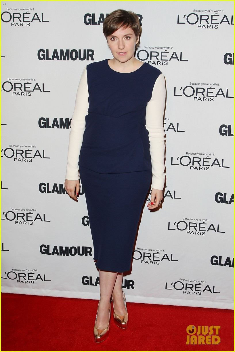lena dunham glamour women of the year awards 2012 04