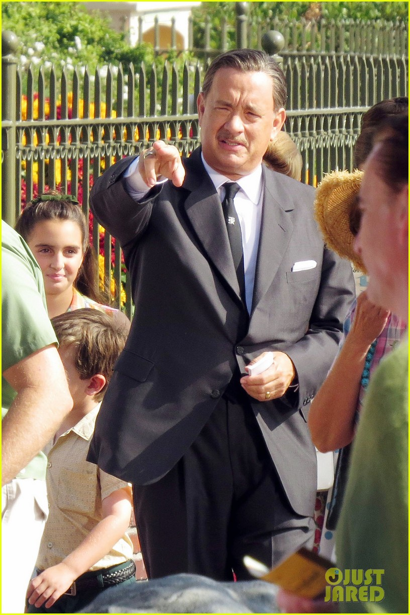 tom hanks as walt disney in saving mr banks first look 01