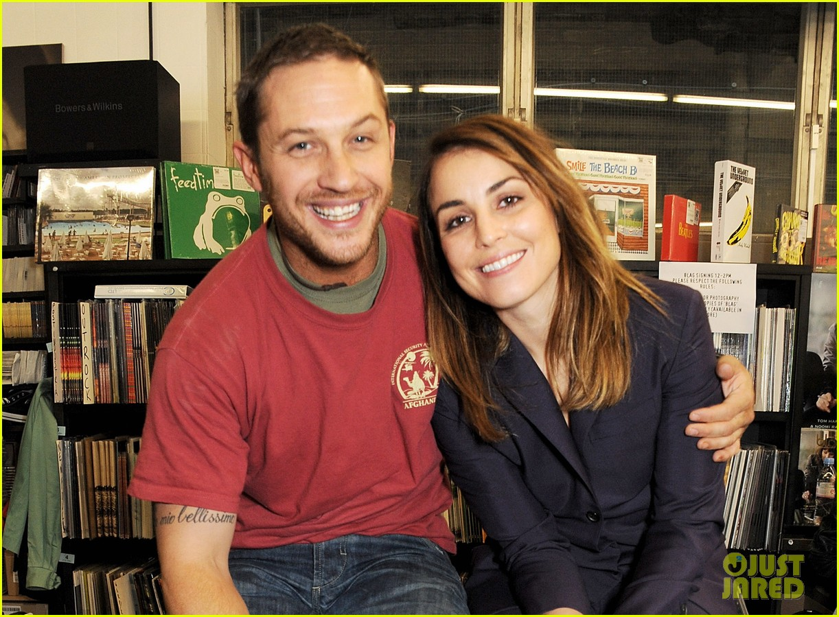 tom hardy noomi rapace blag magazine 20 anniversary signing 03