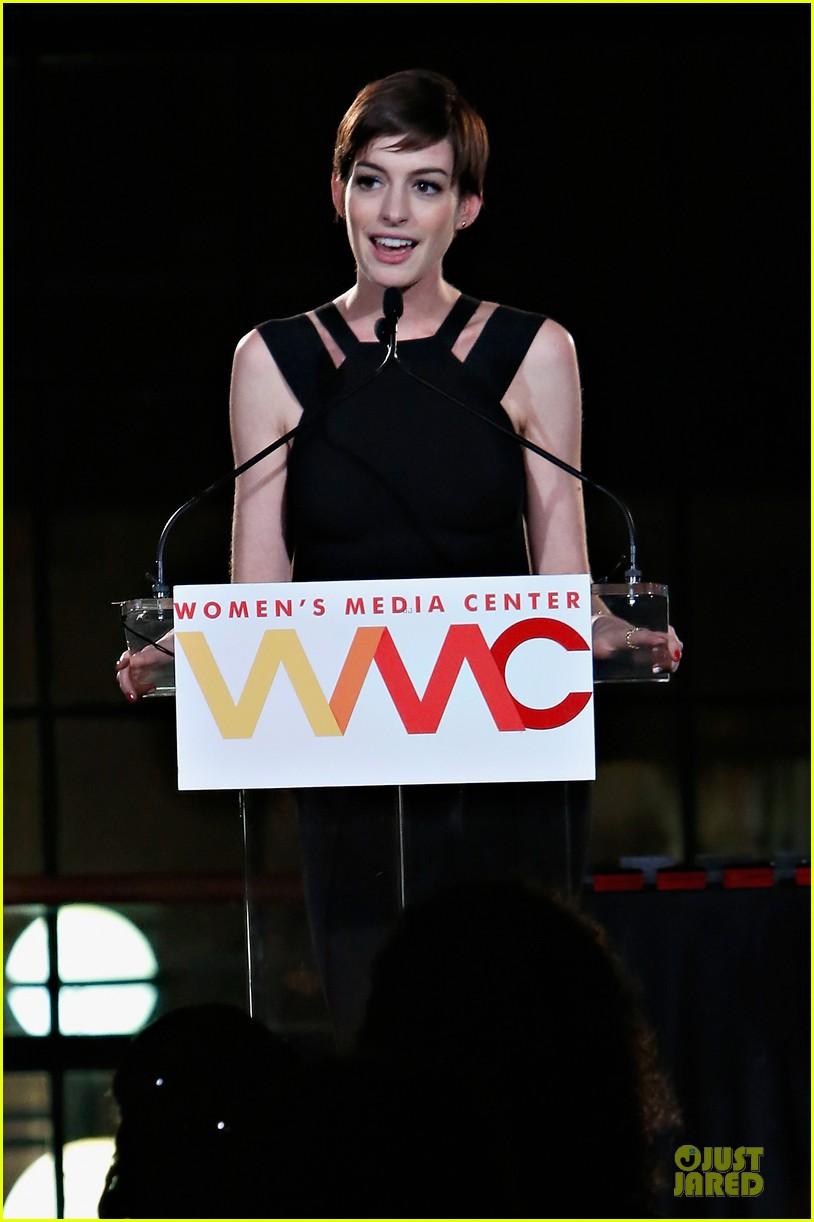 anne hathaway womens media awards 112756868