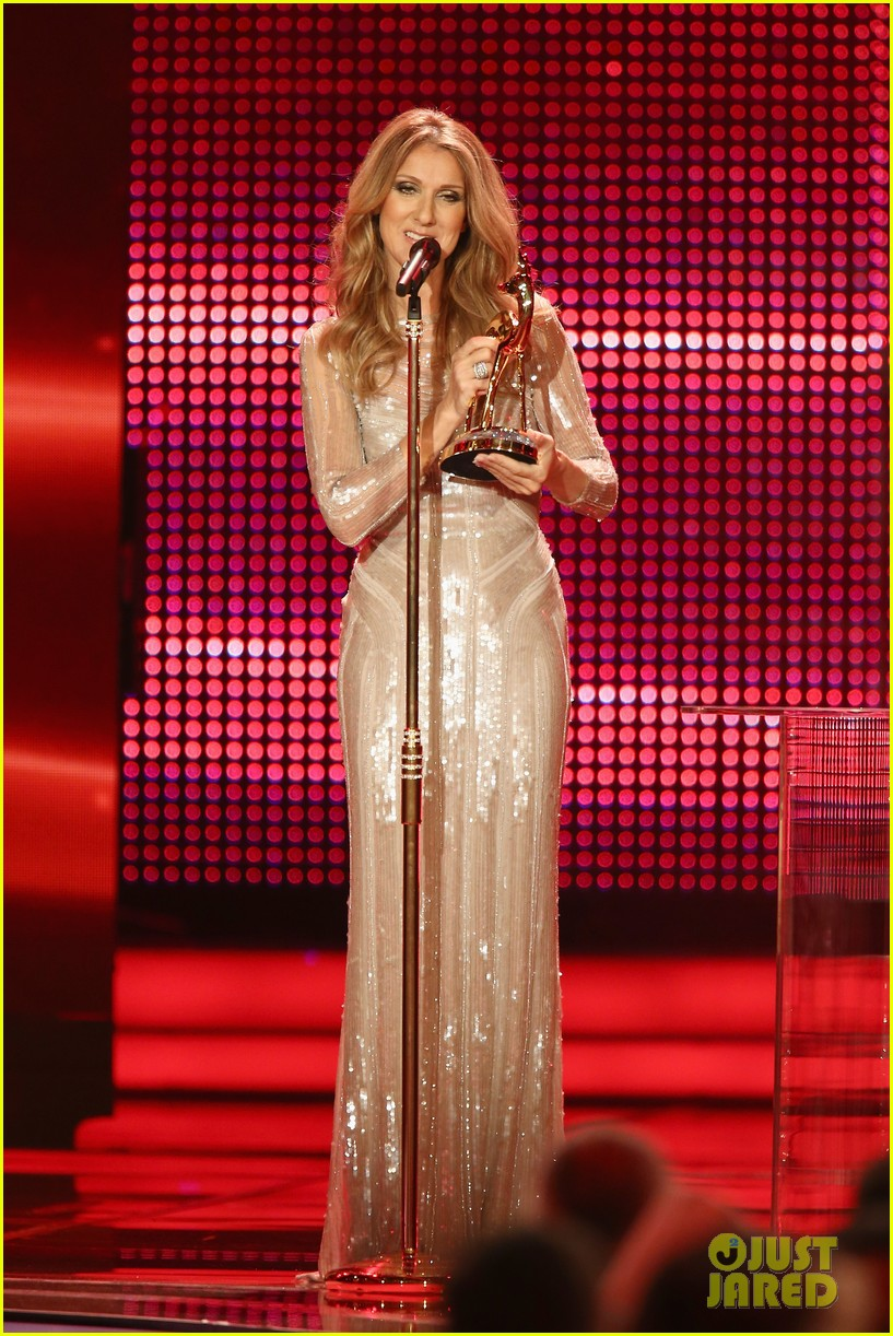 salma hayek celine dion bambi awards 2012 04