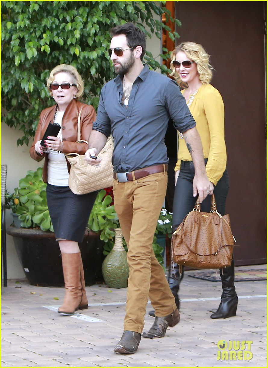 katherine heigl birthday lunch with josh kelley mom nancy 03