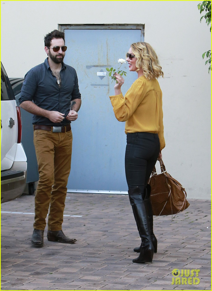 katherine heigl birthday lunch with josh kelley mom nancy 122763531