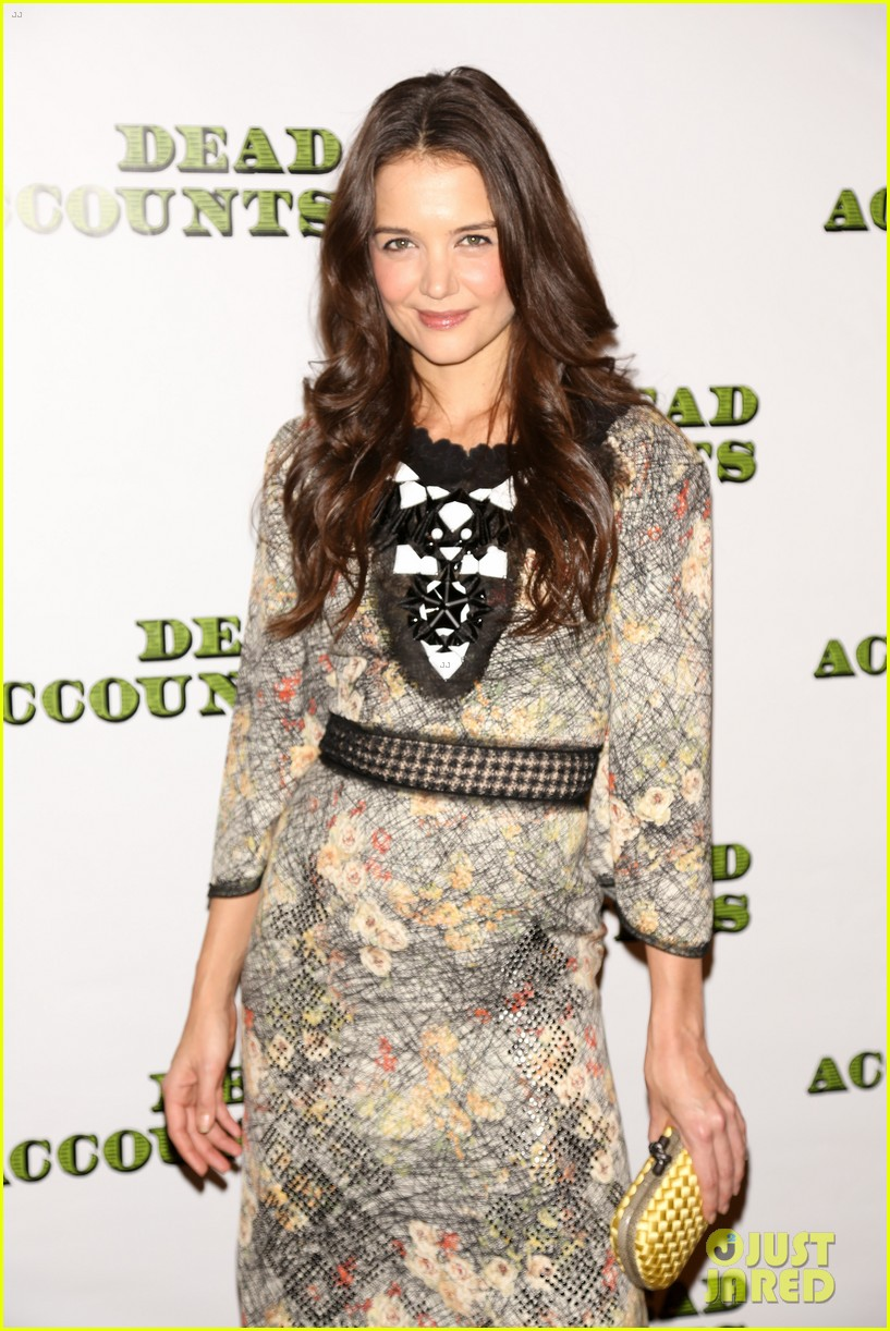 katie holmes dead accounts opening night on broadway 26