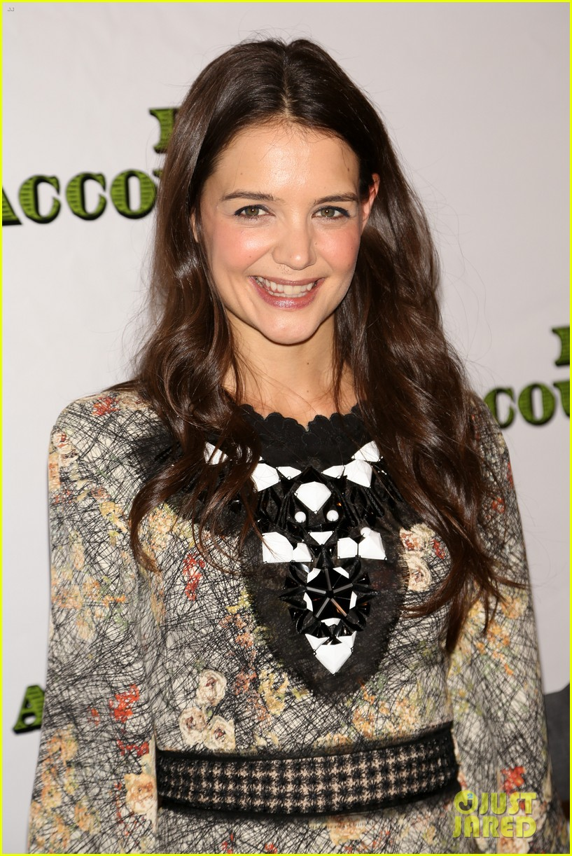 katie holmes dead accounts opening night on broadway 30