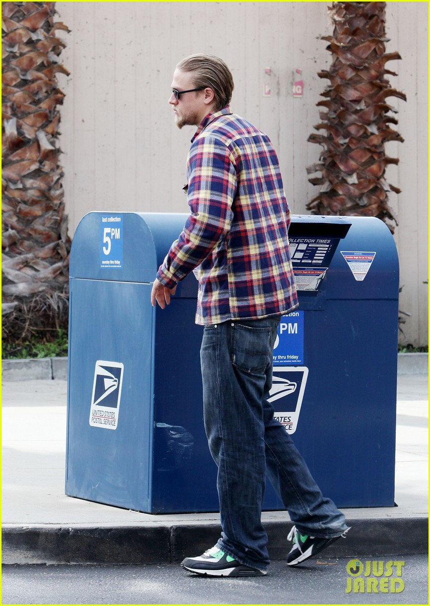 charlie hunnam post office stop 082761961