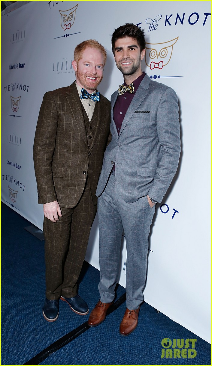 jesse tyler ferguson fiance justin mikita launch tie the knot charity 182758165