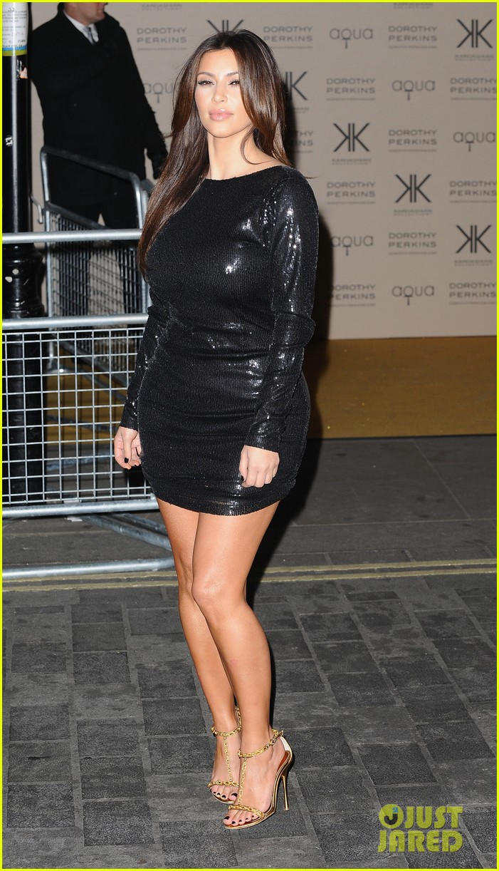 kim kardashian hakkasan dinner with kanye west 07