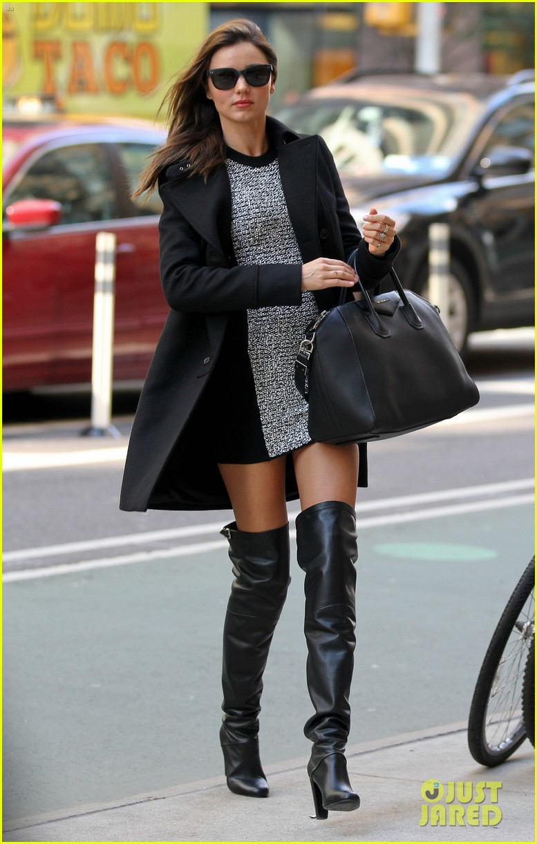 miranda kerr monday morning in manhattan 01