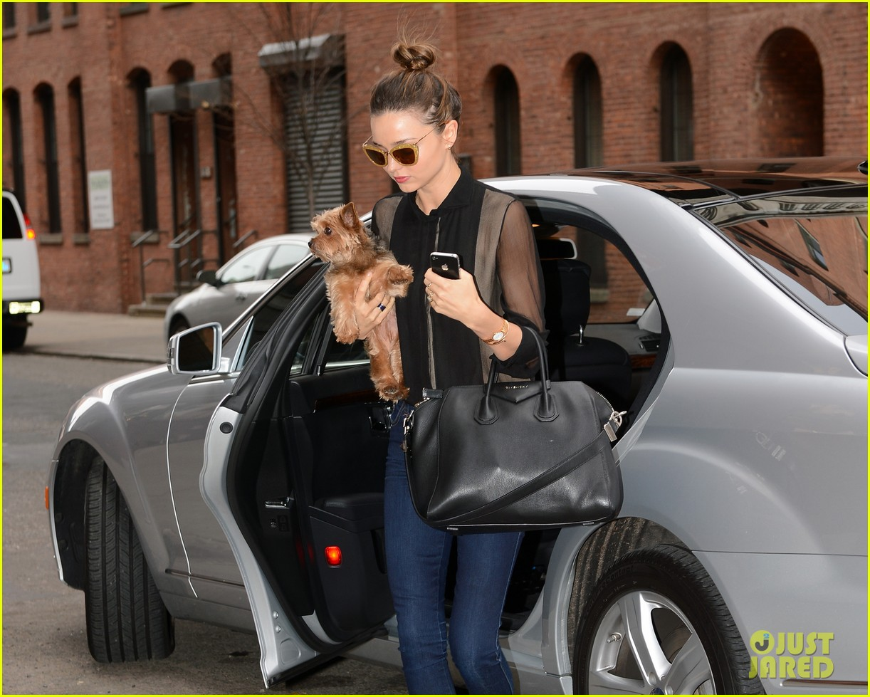 miranda kerr sunday morning with frankie 022763611