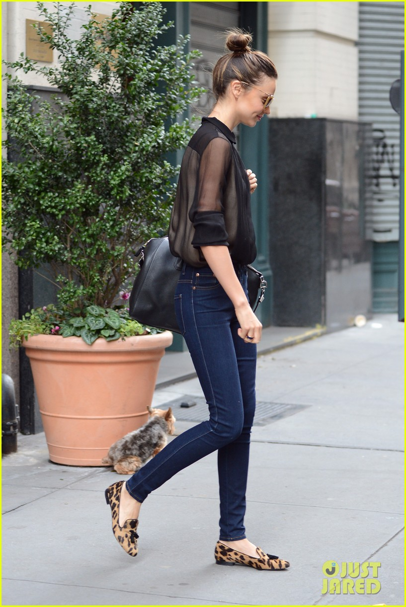 miranda kerr sunday morning with frankie 08