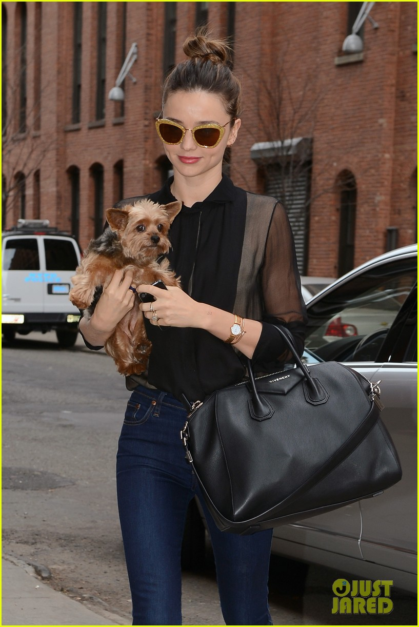 miranda kerr sunday morning with frankie 26