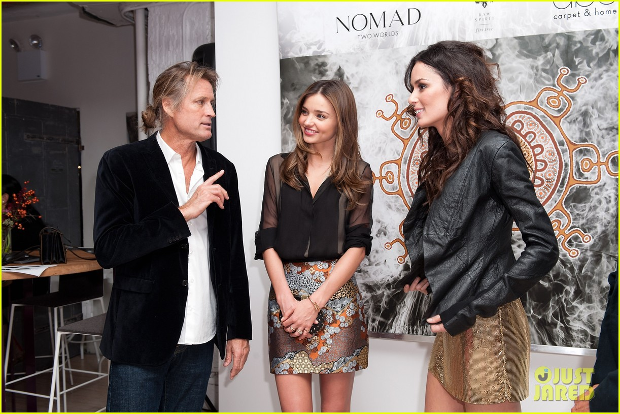 miranda kerr nomad two worlds book launch 04