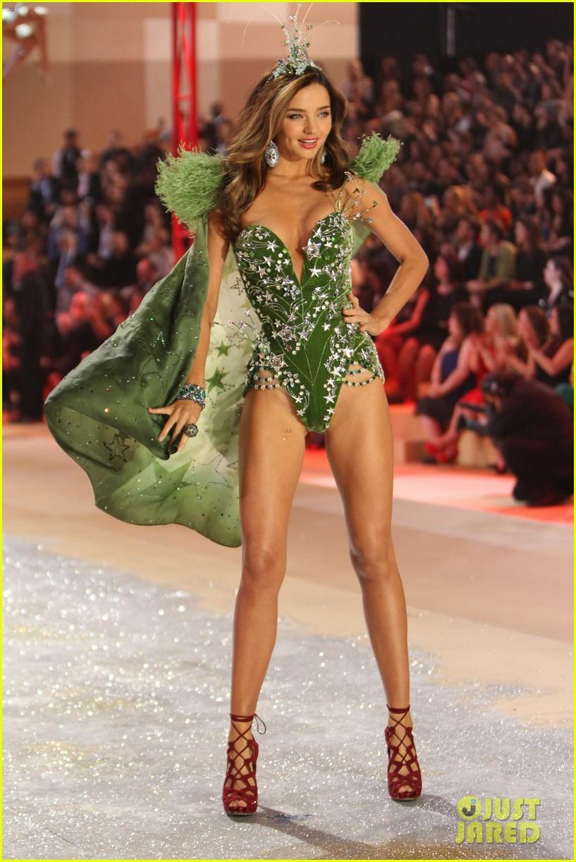 miranda kerr victorias secret fashion show 2012 042752992