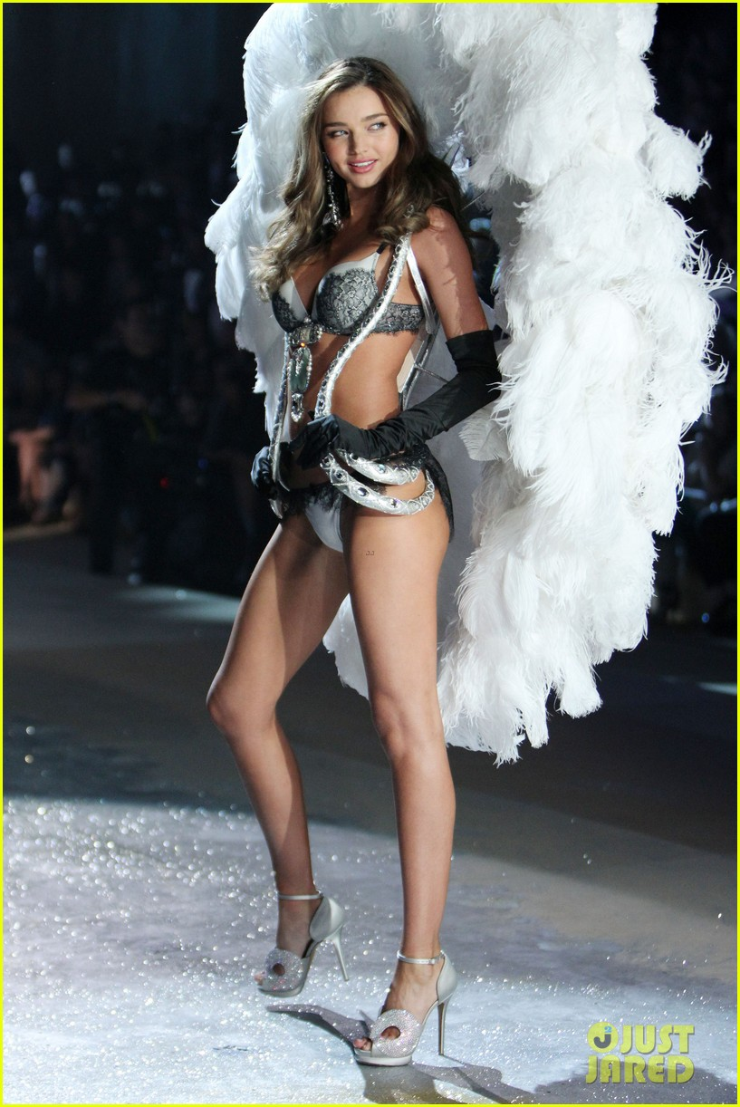 miranda kerr victorias secret fashion show 2012 212753009