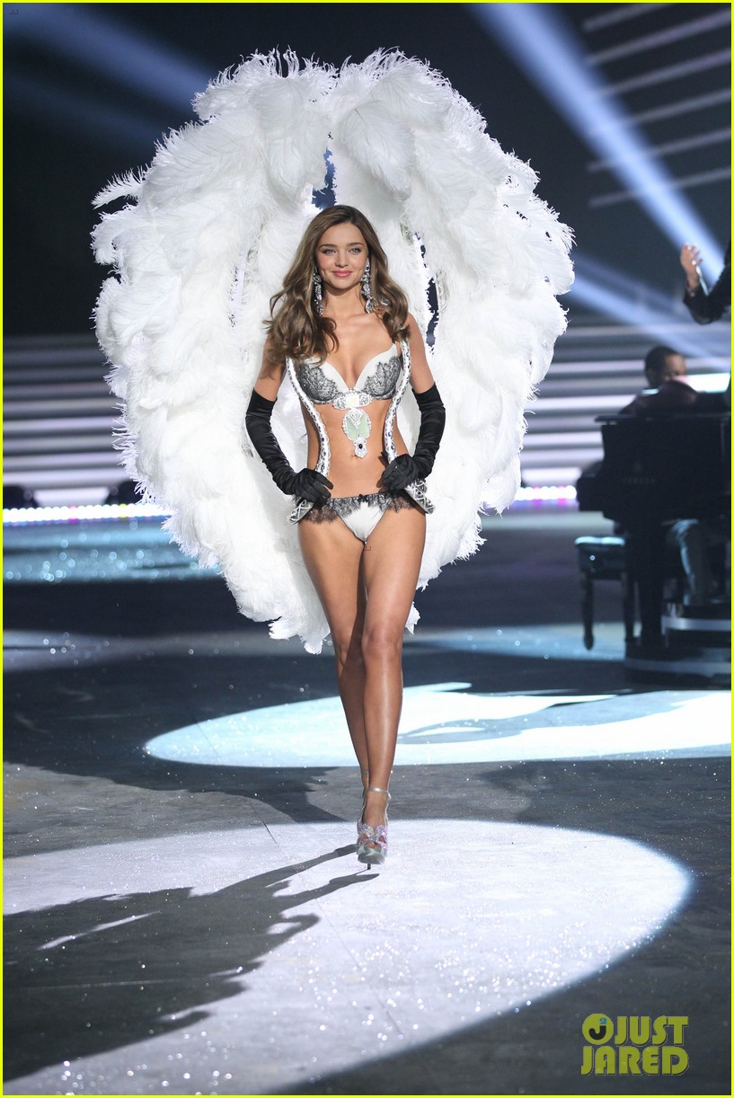 miranda kerr victorias secret fashion show 2012 242753012
