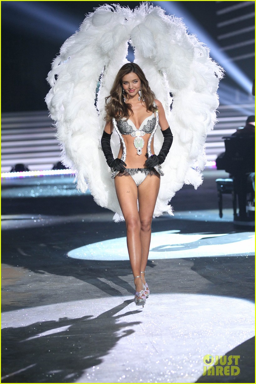 miranda kerr victorias secret fashion show 2012 252753013