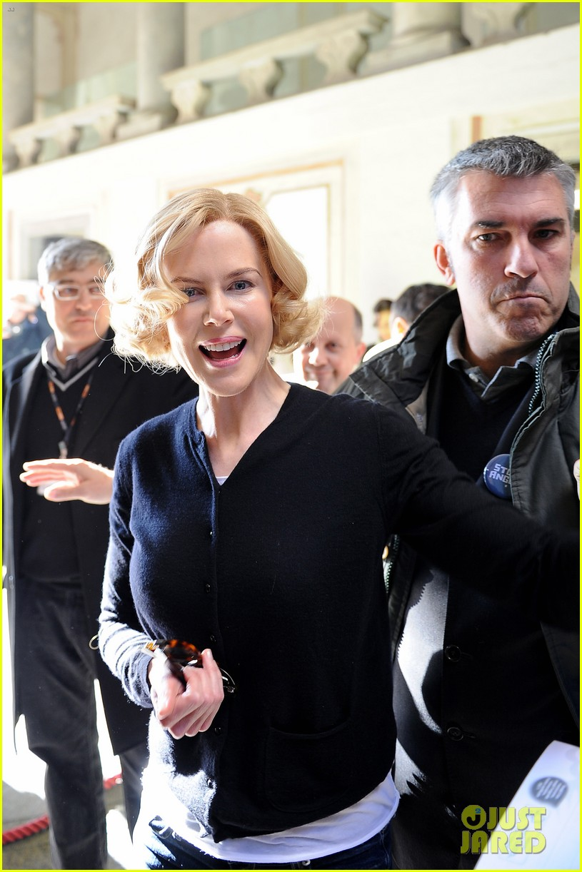 nicole kidman greets fans at grace of monaco set 01