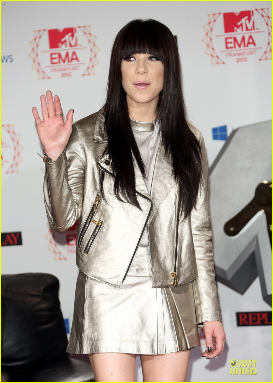 heidi klum carly rae jepsen mtv emas photo call 18